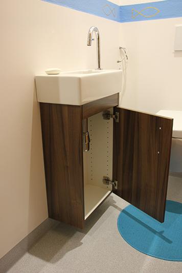 verschiedene badezimmerm bel schreinerei michael bauer. Black Bedroom Furniture Sets. Home Design Ideas
