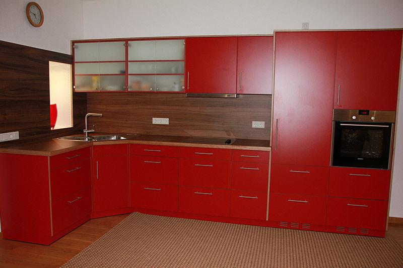 Einbauküche Mit Vorratsschrank